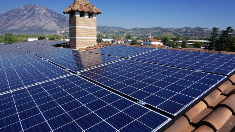 Associazioni ambientaliste: Mega impianti fotovoltaici, la parola alla sopraintendenza