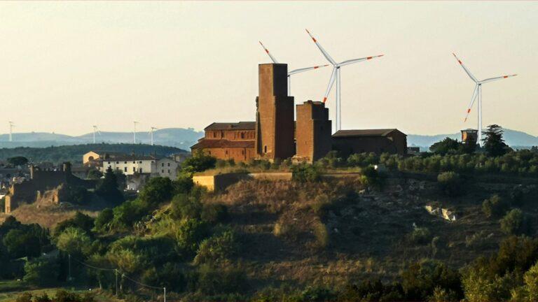 Inviate al Ministero dell'Ambiente le osservazioni contro ulteriori pale eoliche a Tuscania